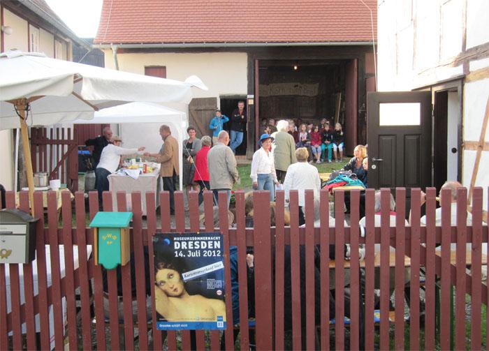 Jedes Jahr im Juli öffnen die Dresdner Museen für eine Nacht ihre Pforten und bieten neben der regulären Ausstellung ein besonderes Programm. Das Kleinbauernmuseum nimmt an dieser Aktion teil und freut sich über zahlreiche Besucher.
